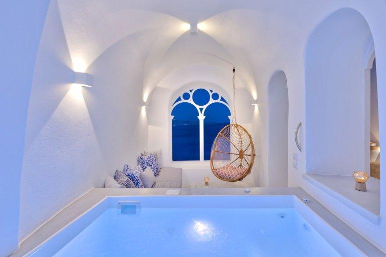 Namaste Suites: Μια ζεν κατοικία στην Οία για αξέχαστες διακοπές! - itravelling.gr