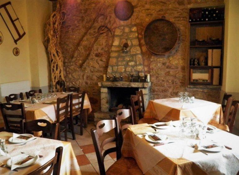 Τι θα φάμε στη Δημητσάνα: 4 διευθύνσεις για νόστιμο παραδοσιακό φαγητό - itravelling.gr