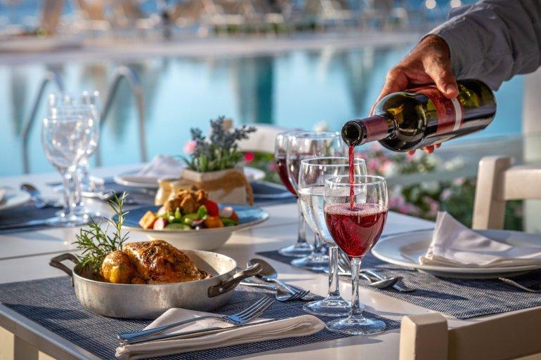 Nausicaa Beach Hotel: Χρυσό βραβείο για 7η συνεχόμενη χρονιά! - itravelling.gr