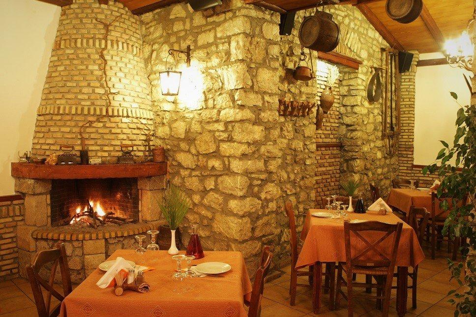 Τι θα φάμε στα Καλάβρυτα: Οι 3 πιο νόστιμες διευθύνσεις - itravelling.gr