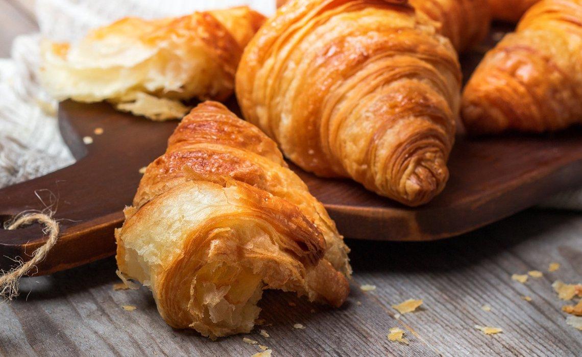 Food-iT || Γεύση από Γαλλία: Φτιάξε μαζί μας τα πιο λαχταριστά κρουασάν! - itravelling.gr