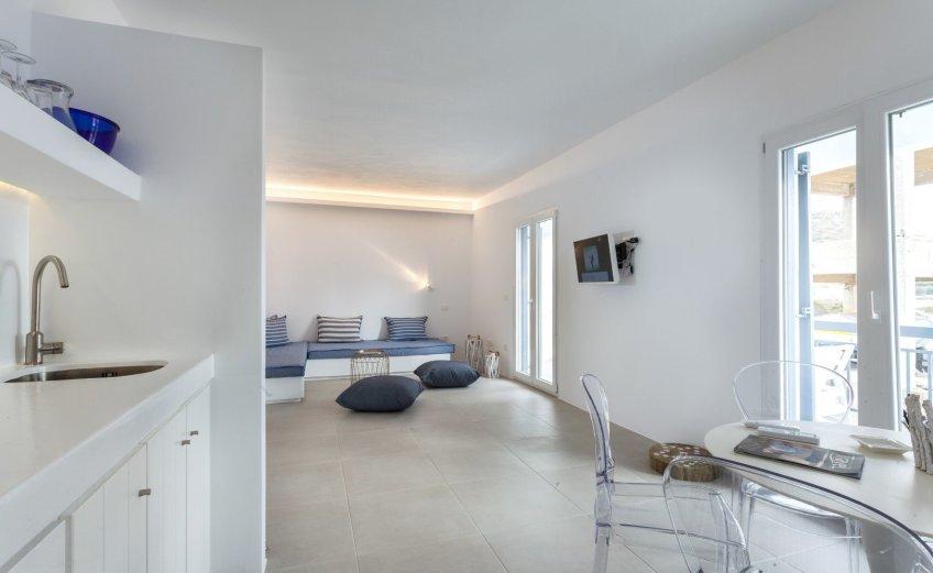 Flag Suites: Κράτηση στο όνειρο για αξέχαστες διακοπές στη Μήλο - itravelling.gr