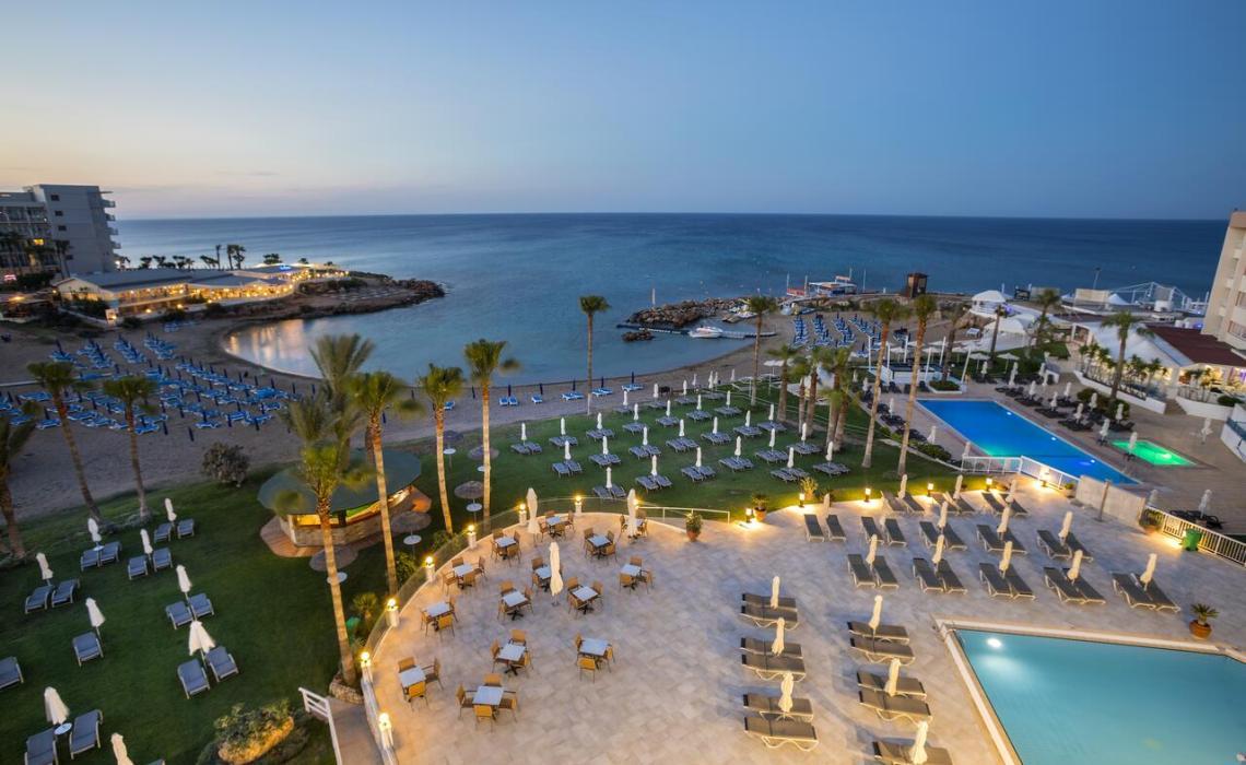 Louis Infinity Blu: Το καλύτερο ξενοδοχείο του κόσμου βρίσκεται στην Κύπρο - itravelling.gr