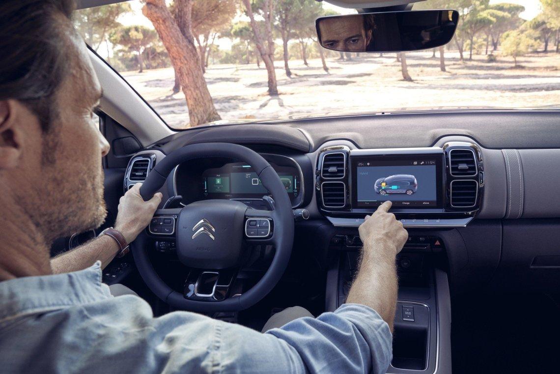 Ας υποδεχτούμε το νέο Citroen C5 Aircross Plug-in Hybrid