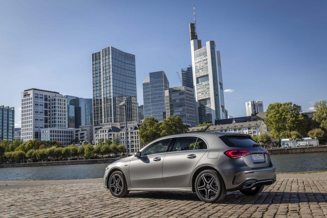 Mercedes-Benz A250e: Όταν η οικολογική συνείδηση δεν είναι βαρετή