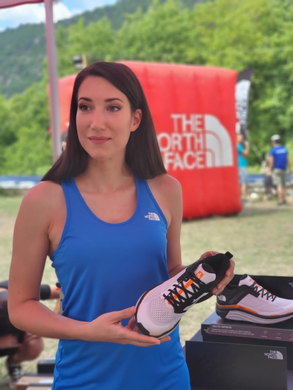 Τρέξαμε παρέα με την The North Face στο Zagori Mountain Running - itravelling.gr