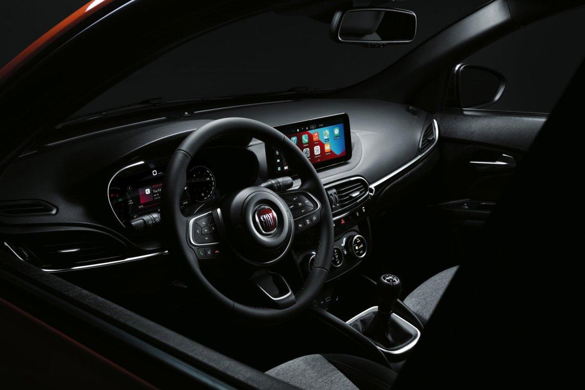 iTest Drive    Δοκιμάζουμε το νέο Fiat Tipo Cross 1.0T 100 PS
