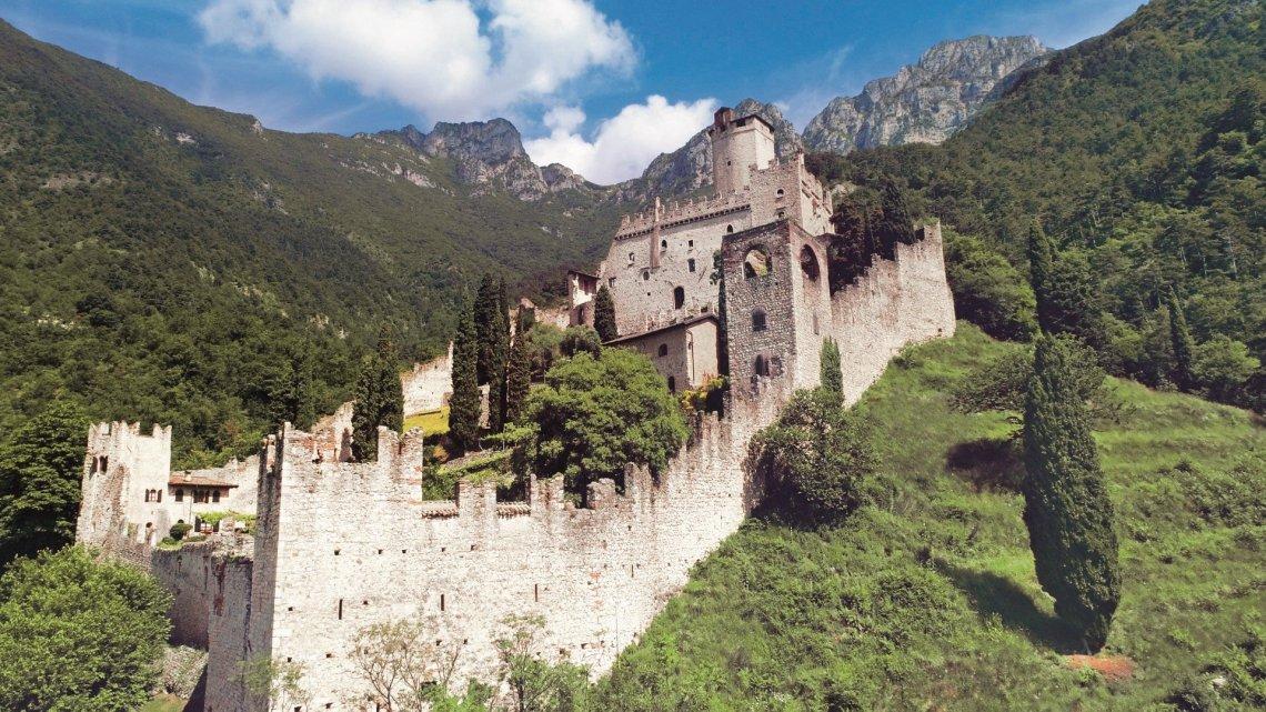 Το μανιφέστο της Falconeri είναι γεμάτο στιλ και αίσθηση κασμίρ - itravelling.gr
