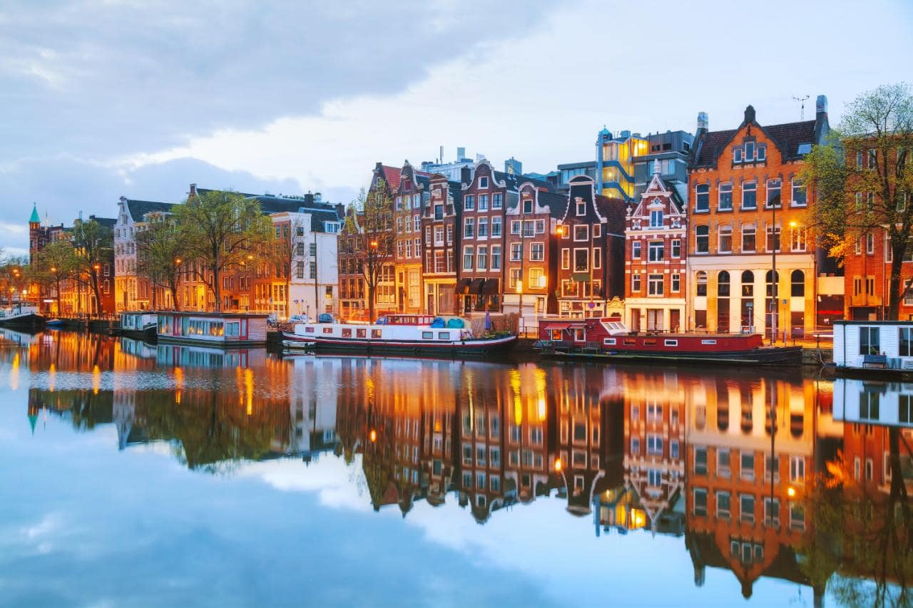 γνωριμίες Άμστερνταμ δωρεάν site γνωριμιών Κένυα
