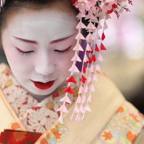 ece2aff970876e22df62c27ed5168152--geisha-japan-japanese-geisha