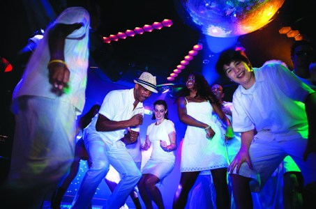 White and Glow Party