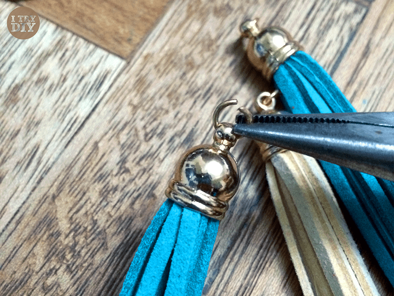 I Try DIY | Leather Tassel Necklace
