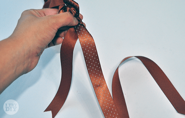 I Try DIY   How to Make Ribbon Roses