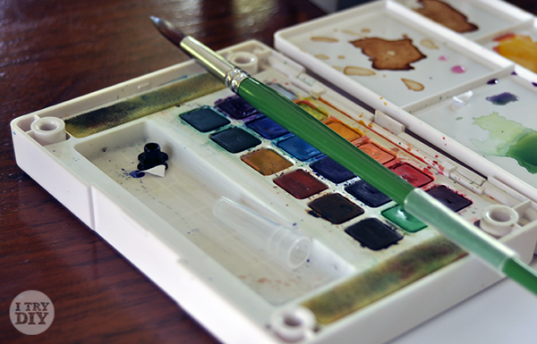 I Try DIY | A Day of Watercolor at Frogglerocks