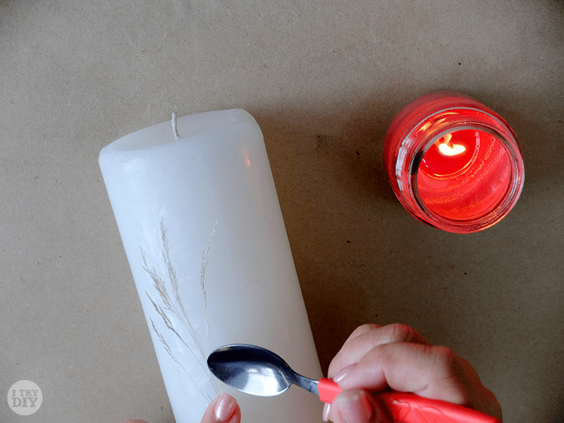 I Try DIY | Pressed Flowers on Candles