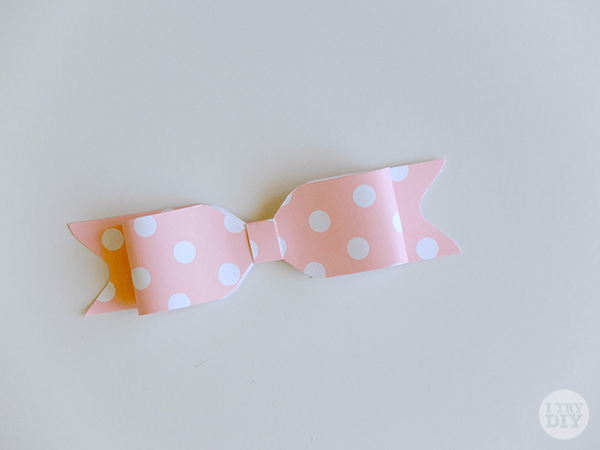 I Try DIY | Make Paper Bows with an Envelope Punch Board