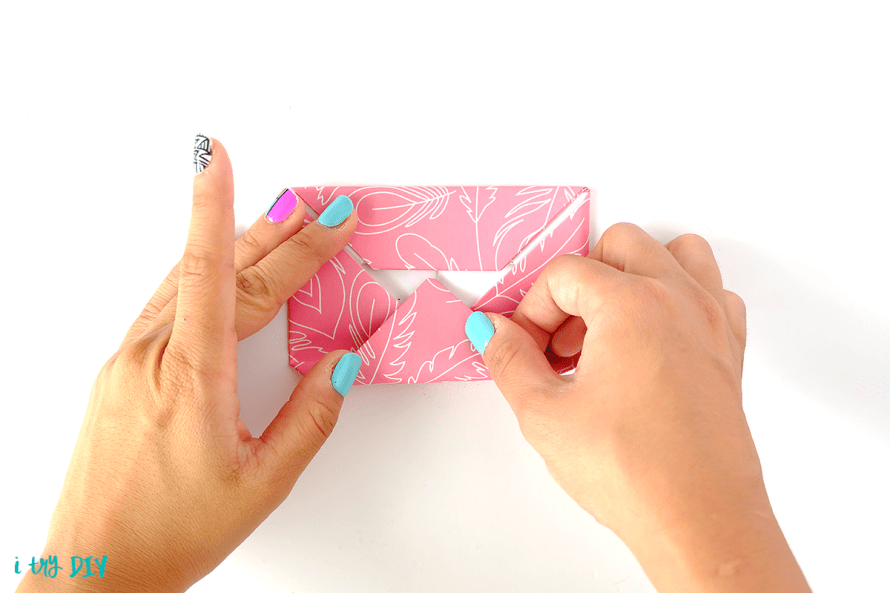 I Try DIY | How to Fold a Letter into its Own Envelope