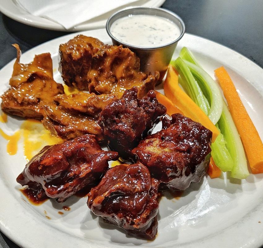 New York vegan - Champs Diner - Vegan Wings
