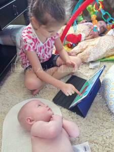 Blayke-and-parker-ipad_web