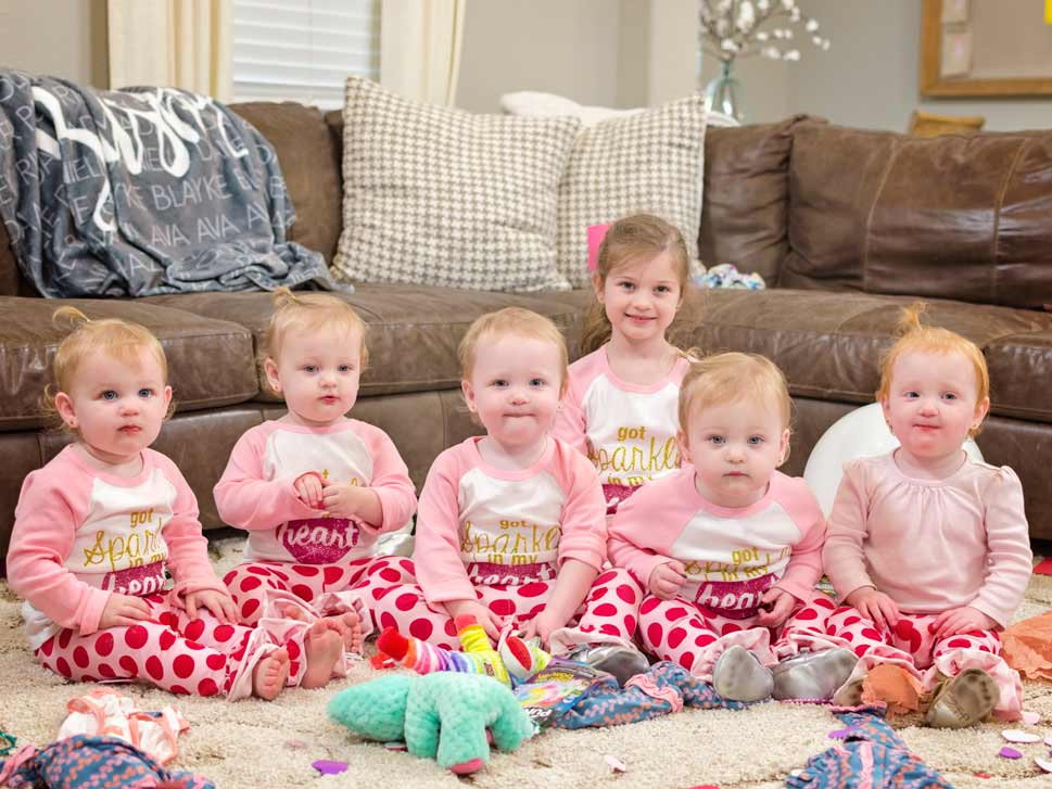 Busby family quintuplets busby family quintuplets a busby for Where is danielle s dad on outdaughtered