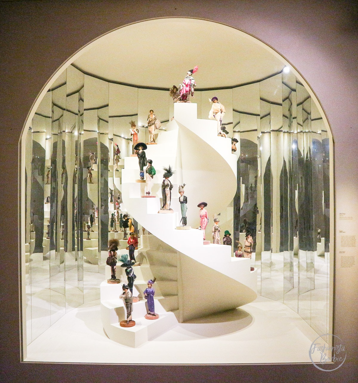 Fashion Forward, Fashion Exhibition, Fashion, Les Arts Decoratifs, Paris, Fashionista Barbie, Fashion Bloggers, Fashion Blogger, Chanel, Dior, Yves Saint Laurent, Vionnet