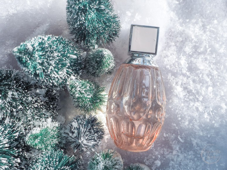 luxury fragrances,christmas gift guide, fragrances, perfume, chanel fragrance, what to buy a woman for christmas, christmas, oscar de la renta fragrance, jimmy choo fragrance, armani