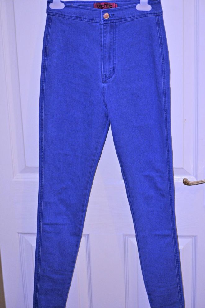 LARA TRUE BLUE HIGH RISE TUBE JEANS.
