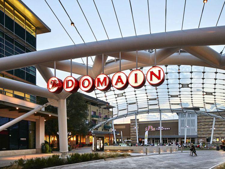 domain-shopping-area-austin
