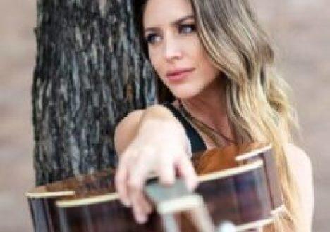 Kylie Rae Harris Bio