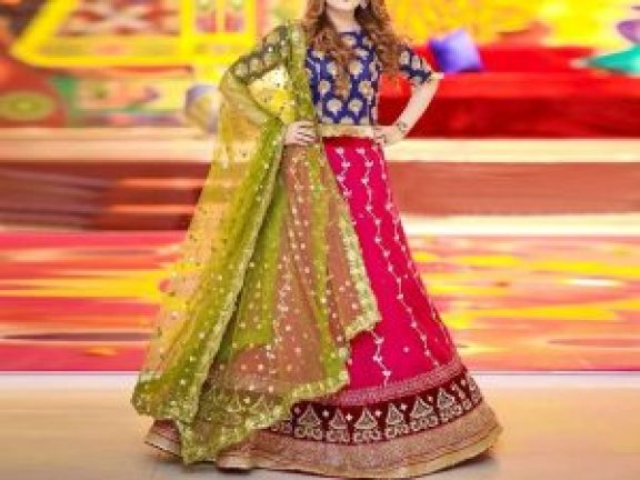 7 Mehndi Dress Ideas For Wedding Event In 2020 Its Charming Time,Summer Wedding Nice Dress To Wear To A Wedding