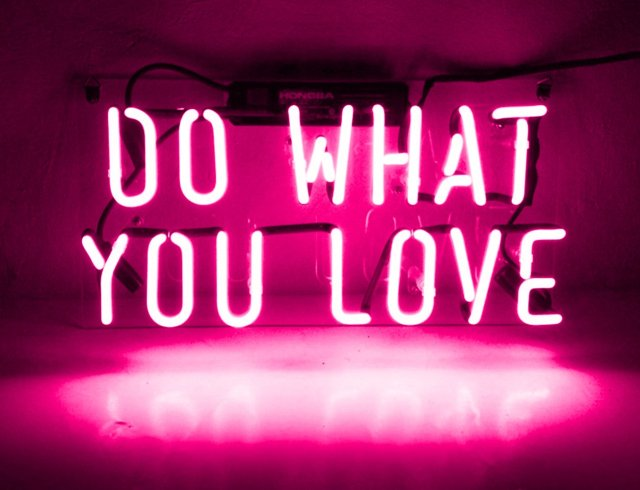 do-what-you-love-neon-sign