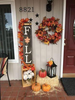 Fall decor ideas for the home, Fall decor, Fall decor ideas for the porch, Fall decor diy, Fall decorations.