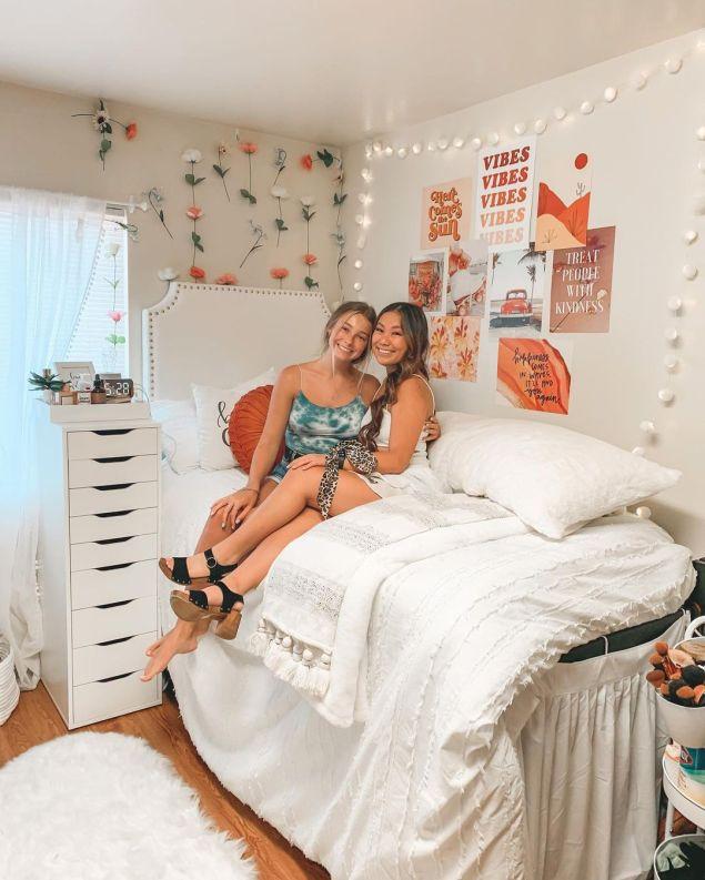 Dorm Room Ideas Bedding & Blankets