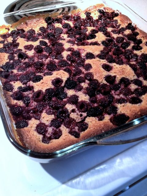 black raspberry cobbler