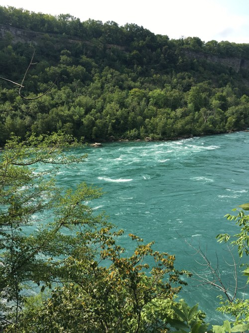 Niagara-Glen-Hiking-Trail-River
