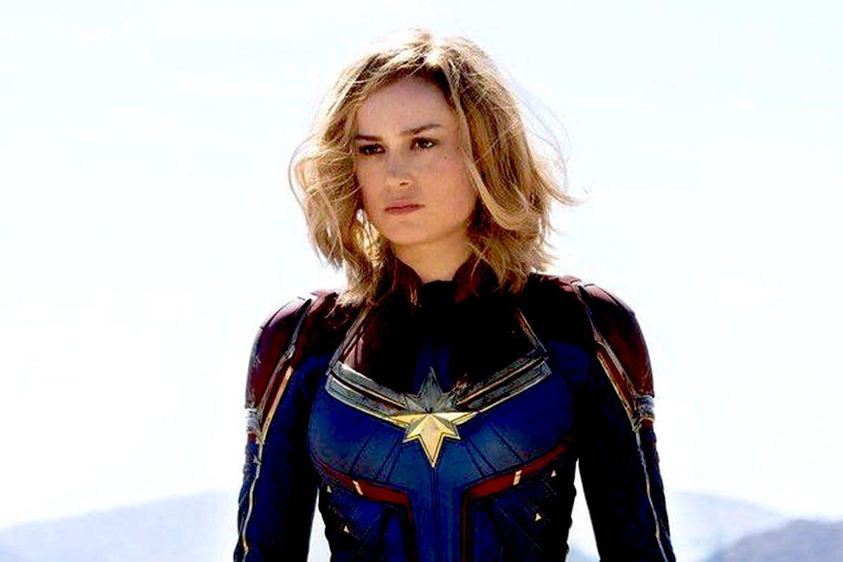Brie Larson como Captain Marvel