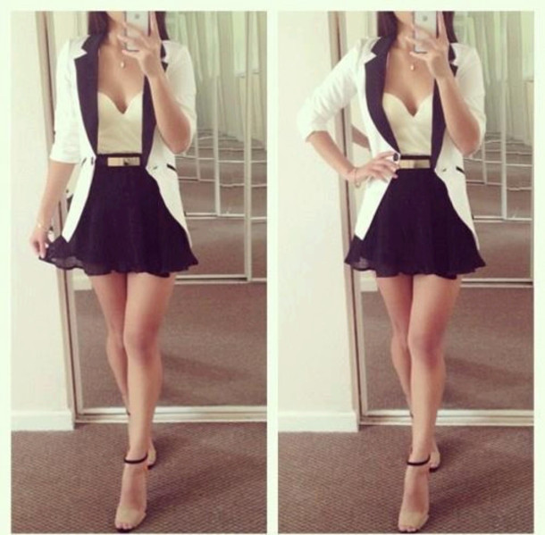 kirt-high-waisted-strapless-top-sweetheart-neckline-white-blazer-flare-skirt-jacket