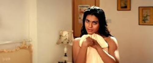 kajol dance in towel