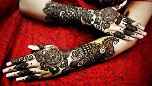 Latest-Eid-ul-Fitr-Mehndi-Designs-2015-For-Pakistani-Girls-2