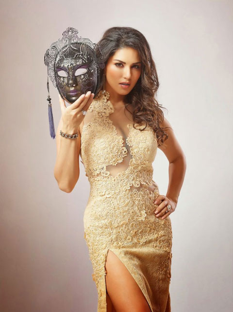 Sunny-leone-movie-beimaan-love-first-look-stills-images