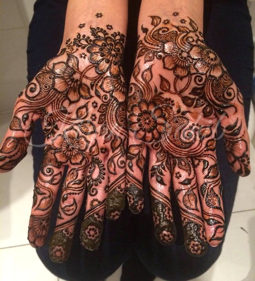 Mehndi - Henna Designs For Eid-Ul-Fitr -2016