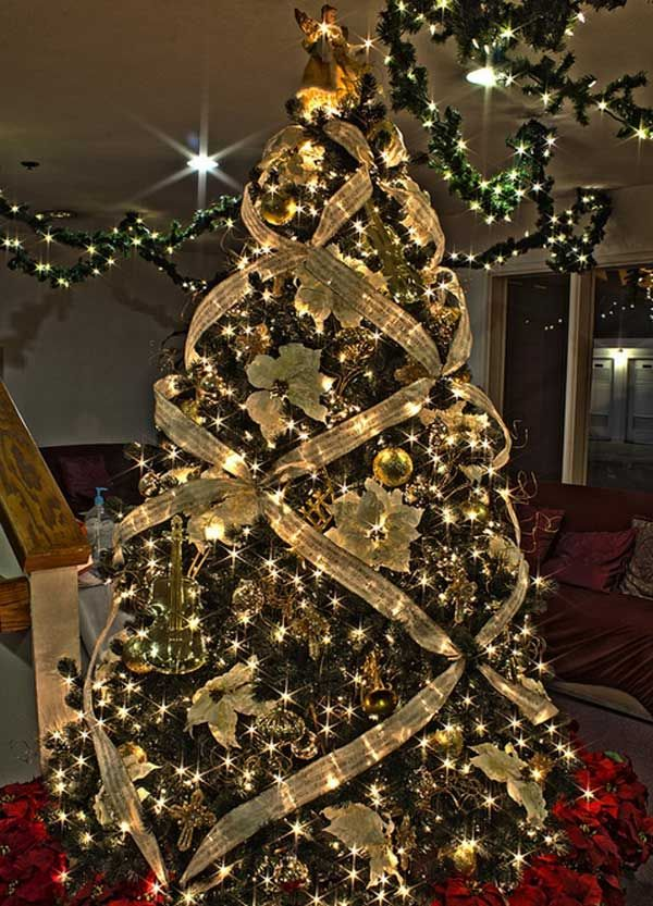 different-ways-to-decorate-a-christmas-tree