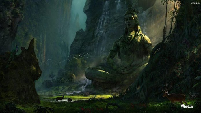 The-beautiful-statue-of-Lord-Shiva-in-hill-area