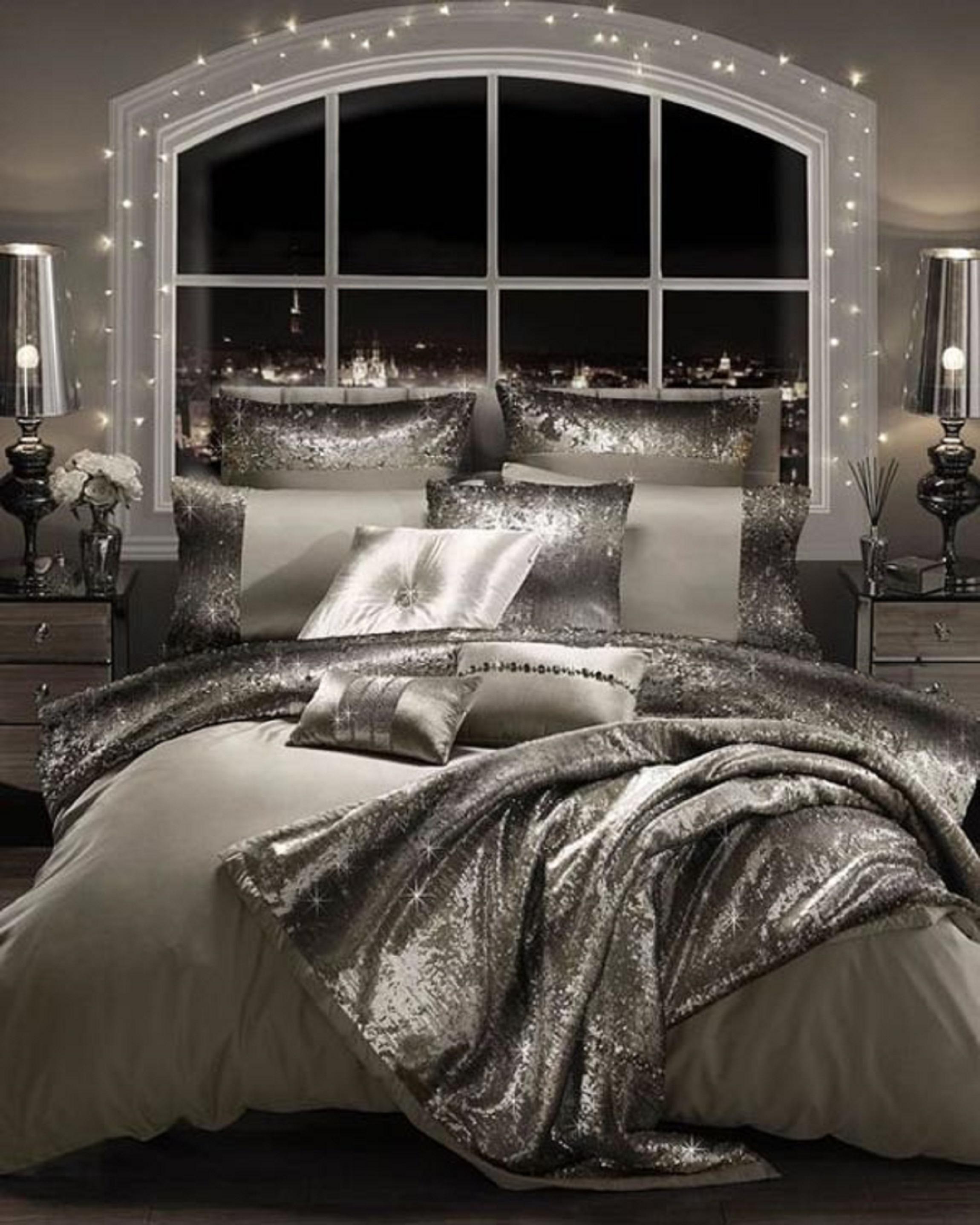Christmas Decor: Bedroom – Silver, Pewter, Platinum & Black ...
