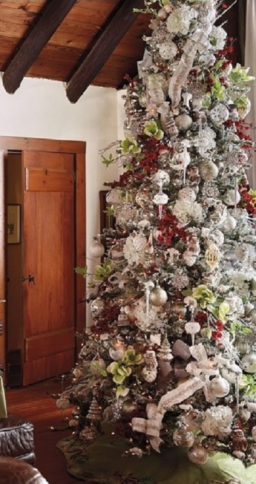 Christmas in Connecticut 60-Piece Ornaments Collection on Tree from Frontgate