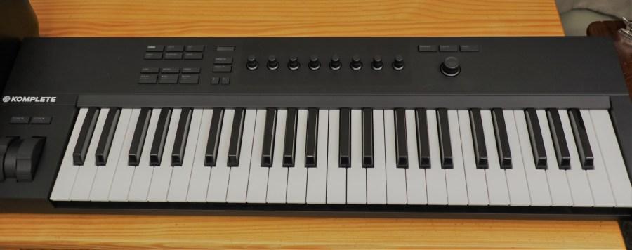 Native Instruments - Komplete Kontrol A49 - Midi Keyboard
