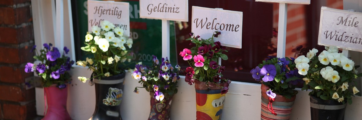 messages of hospitality and welcome