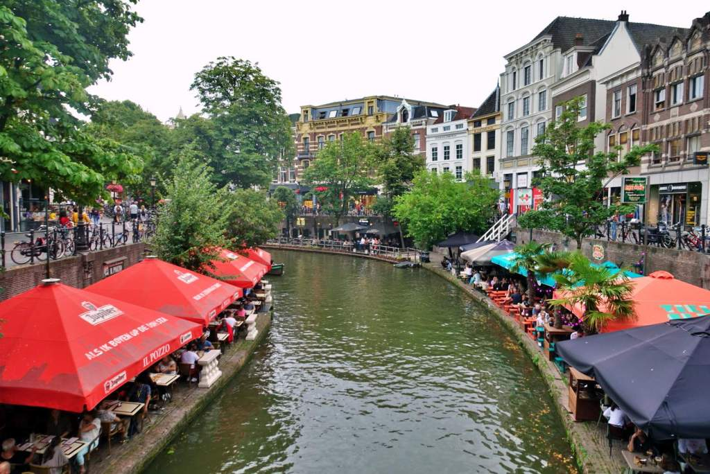 Utrecht canal with cafes