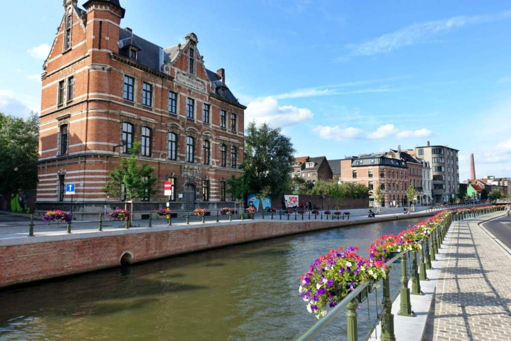 Red brick building, Reep canal Ghent