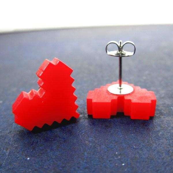 post of earring showing on red hear pixel earrings